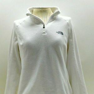 Women's The Northface 1/4 zip pullover.